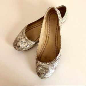 Frye Carson ballet flats metallic leather size 8.5